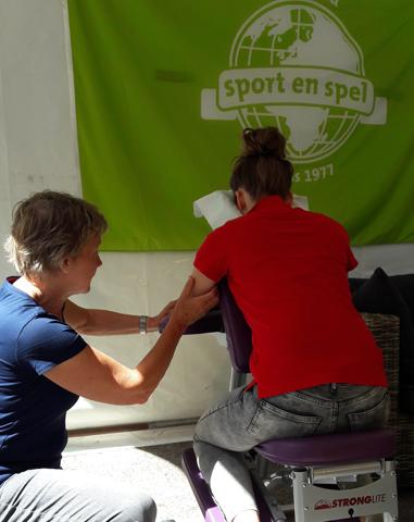 Stoelmassage Westland geeft stoelmassage's tijdens Sport en Spel in Maasland